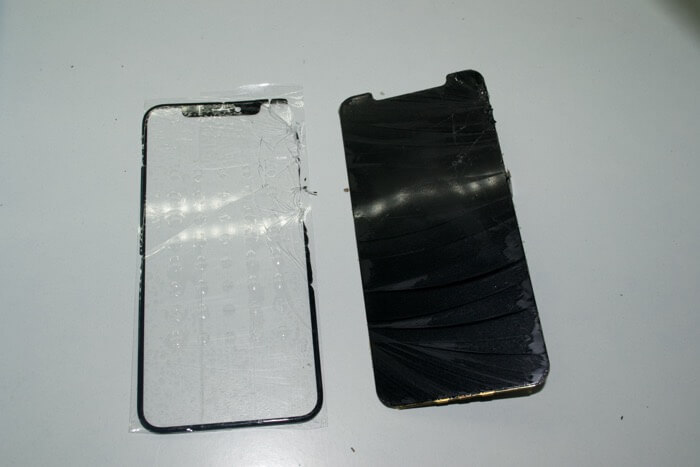 переклейка стекла на iPhone 11 Pro